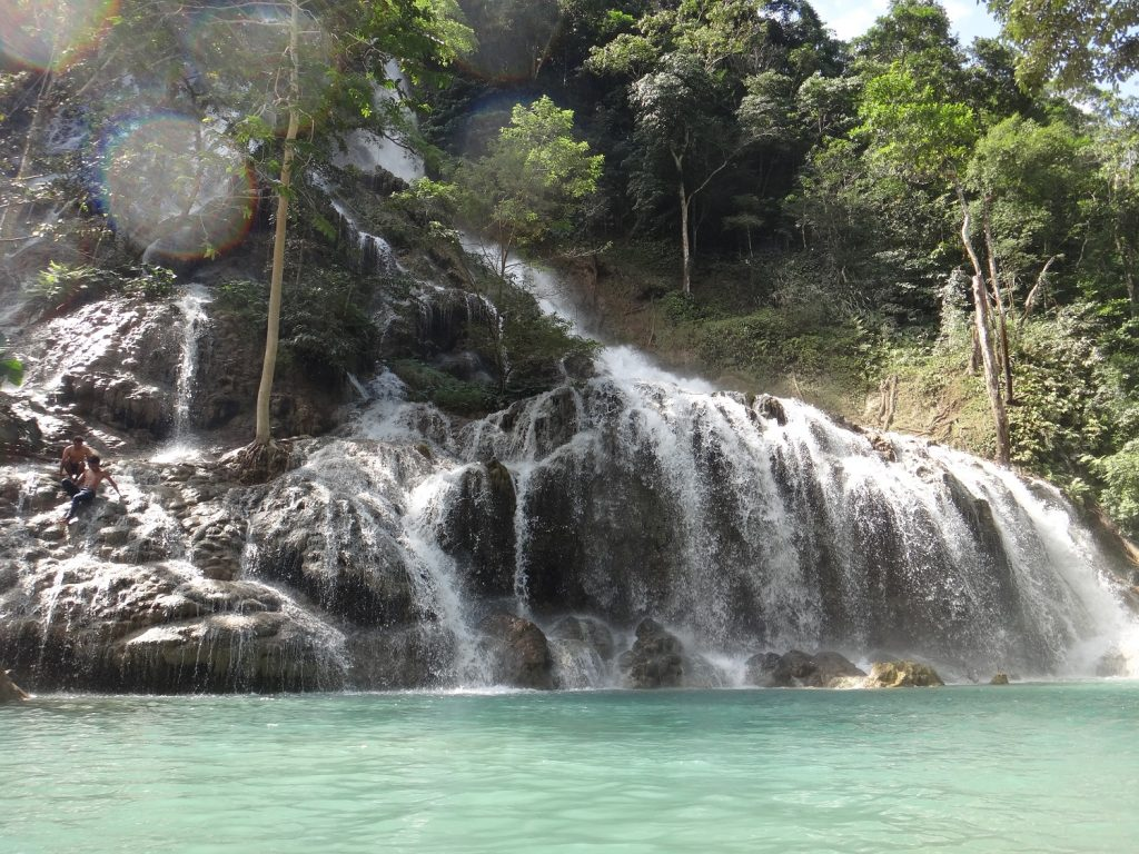 Air Terjun Lapopu Indonesia A-Z