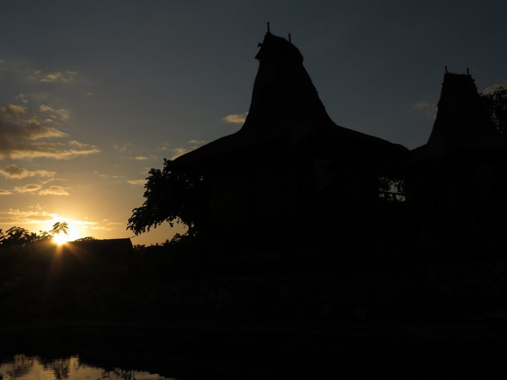 Sunrise di Peter Magic Paradise Indonesia A-Z