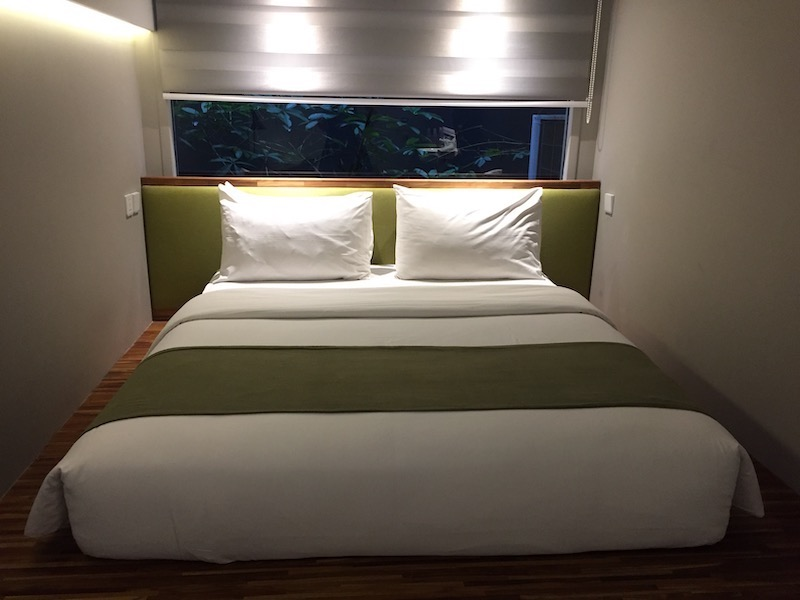 Bed di Kollektiv Indonesia A-Z